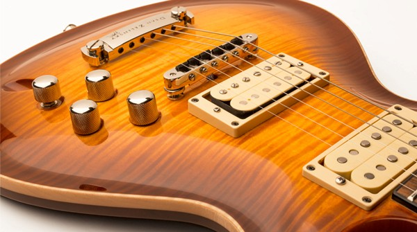 Dean Zelinsky Guitars Debuts The LaVoce
